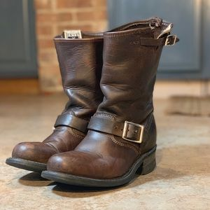 Women's size 6.5 Engineer 12R Gaucho leather boots